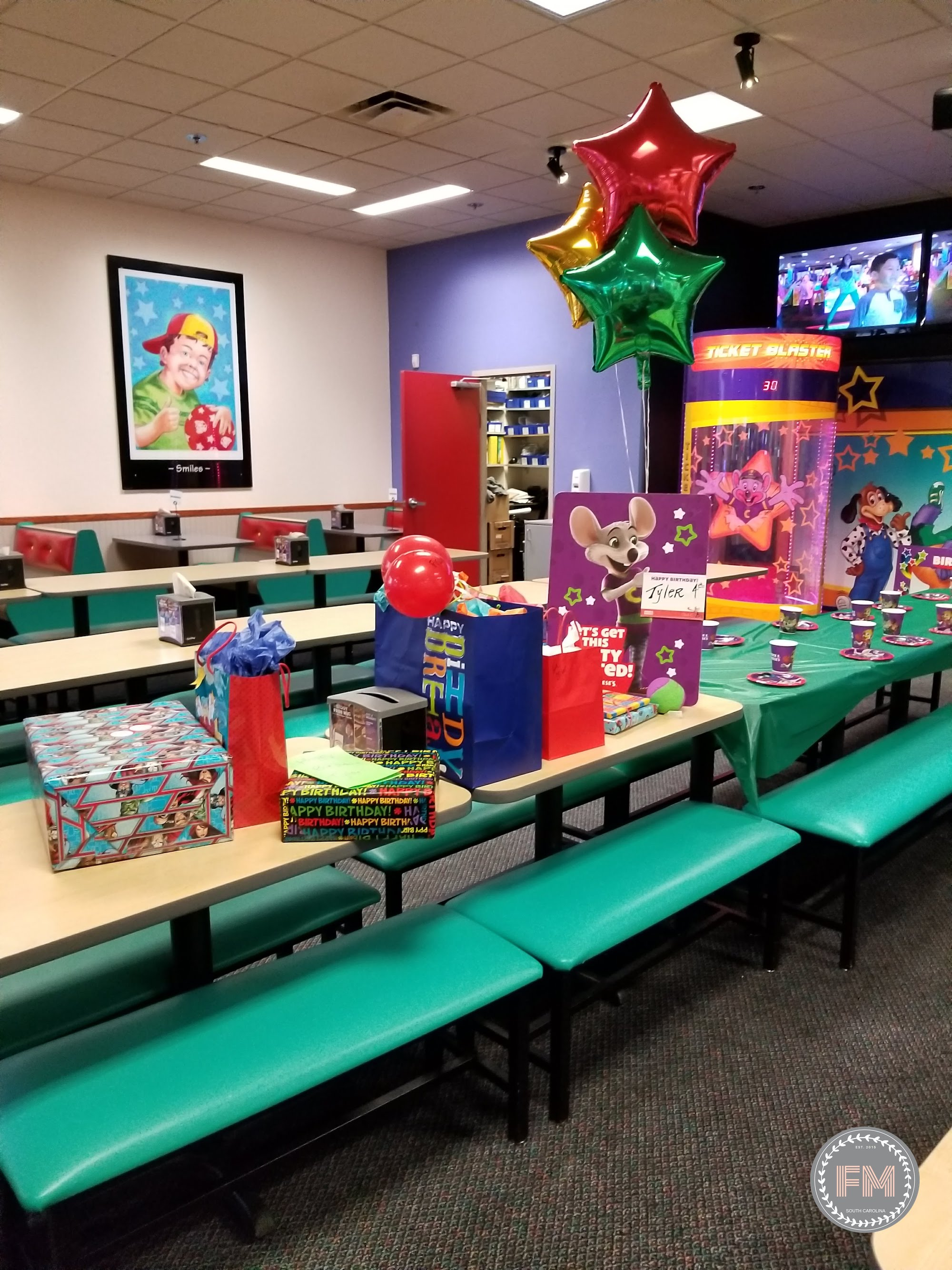 kids birthday party at Chuck E Cheese in Florence, South Carolina